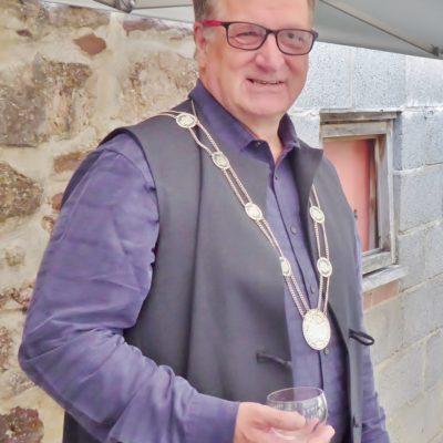 Deputy Mayor Chris Davies (950x1280)